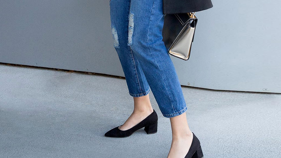 How to Wear Office-Friendly Denim for Casual Fridays