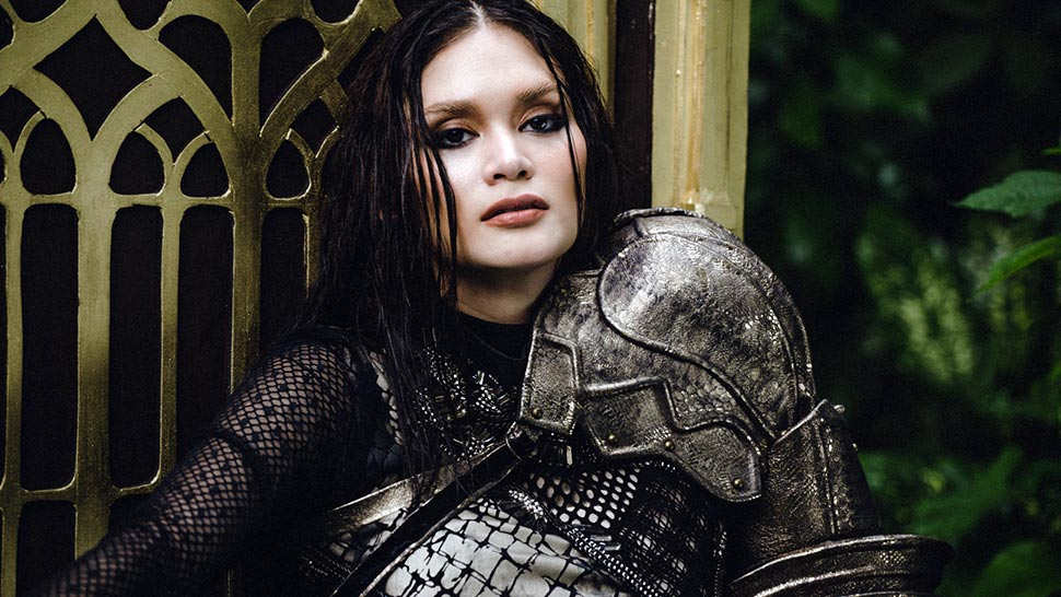 This is How We Transformed Pia Wurtzbach Into a Game of Thrones Villain