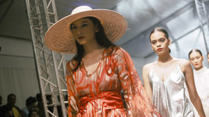 Here's A Sneak Peek Into The Life Of A Runway Model