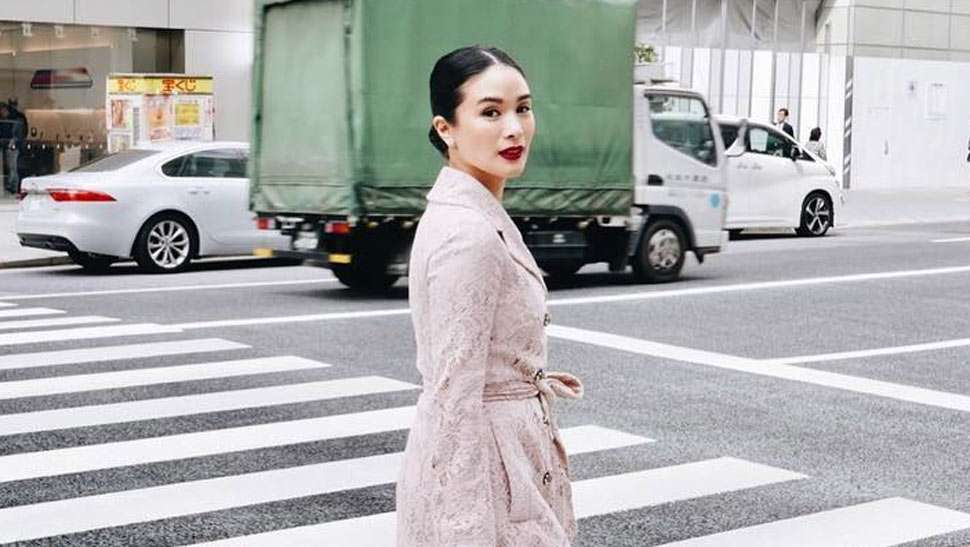 LOTD: Heart Evangelista Has a Chic Trick to Acing Her Tokyo OOTDs