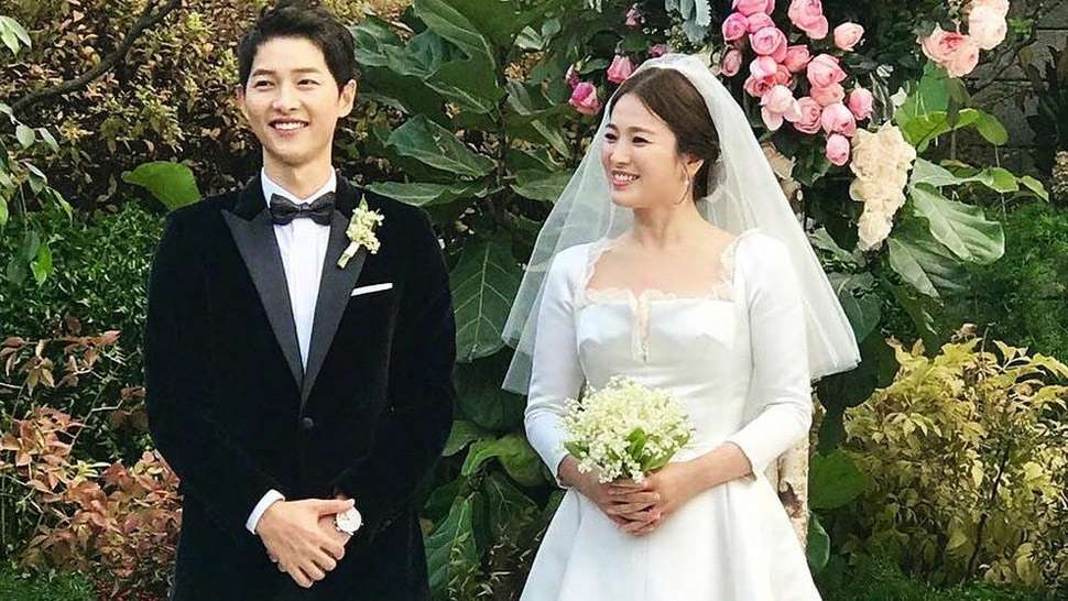 Song Joong Ki and Song Hye Kyo Are Now a Married Couple
