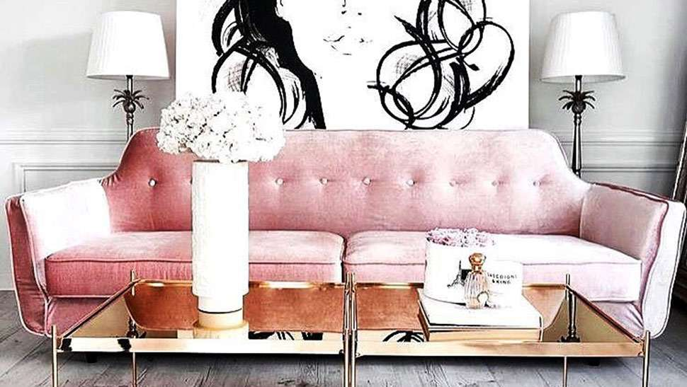 5 Ways to Add a Pop of Pink Into Your Home