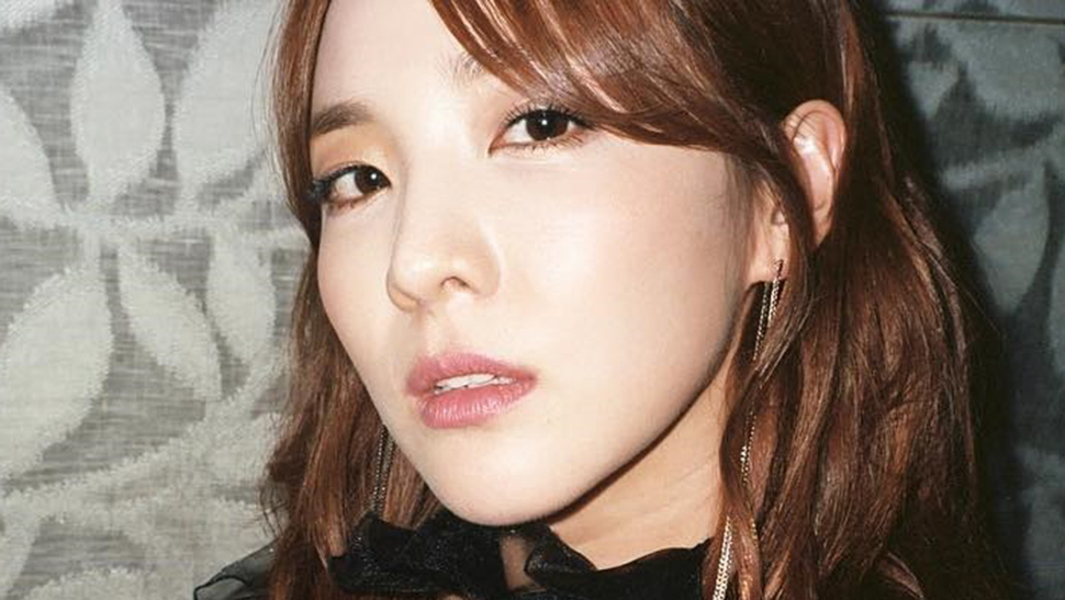 Lotd: You Have To Try Sandara Park's Strobing Technique