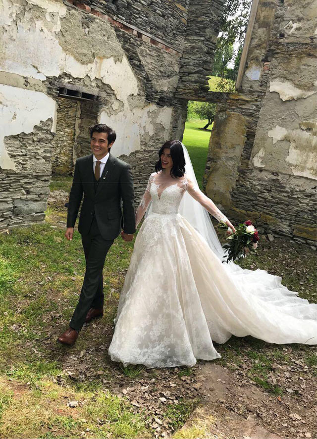 Anne Curtis Walks Down The Aisle In Monique Lhuillier