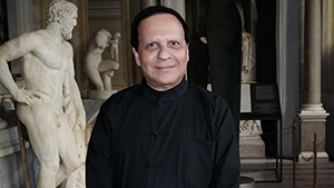 Designer Azzedine Alaïa Has Passed Away