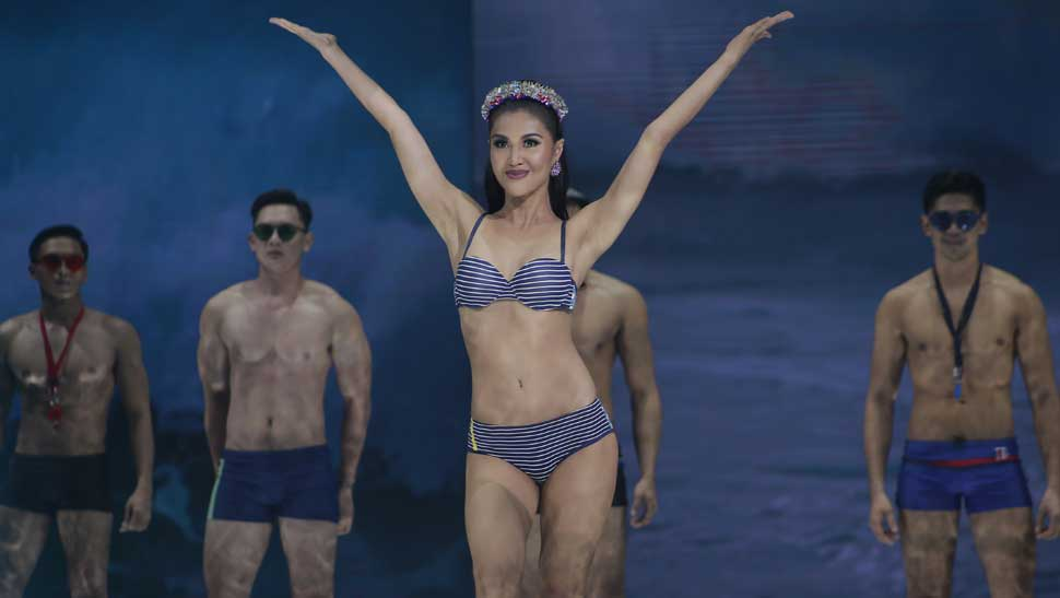 All the Looks From Bench Under the Stars: Retro Swim