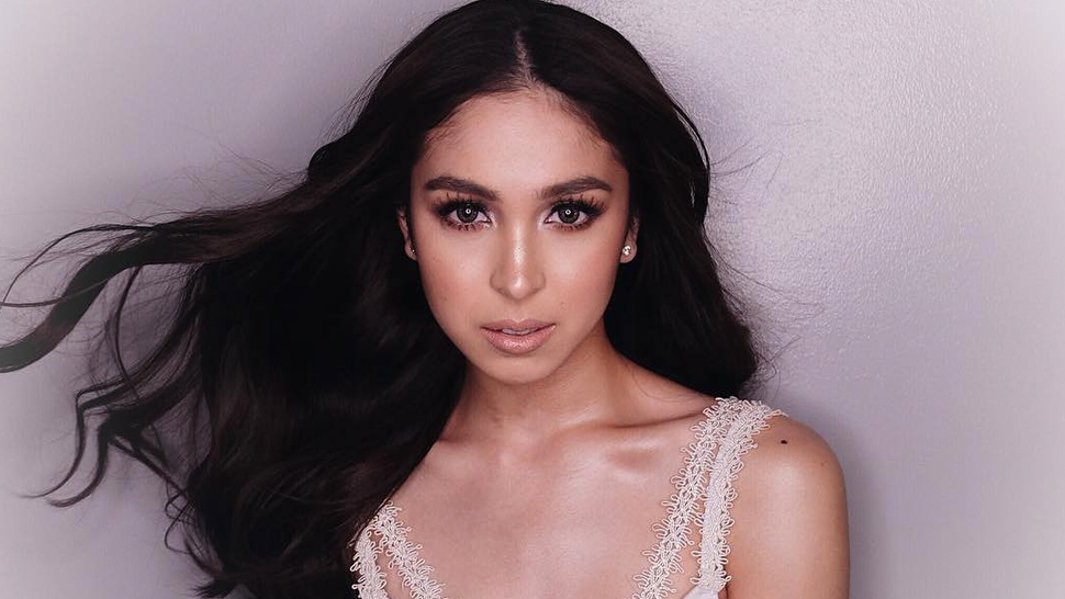 Find Out How To Get Bombshell Hair Like Solenn And Julia