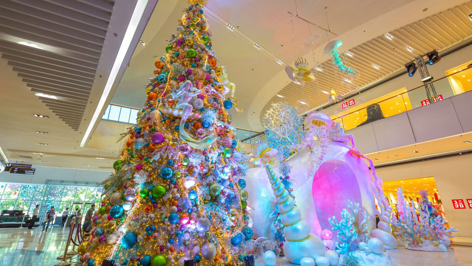 8 Mall Christmas Trees to Check Out This Season