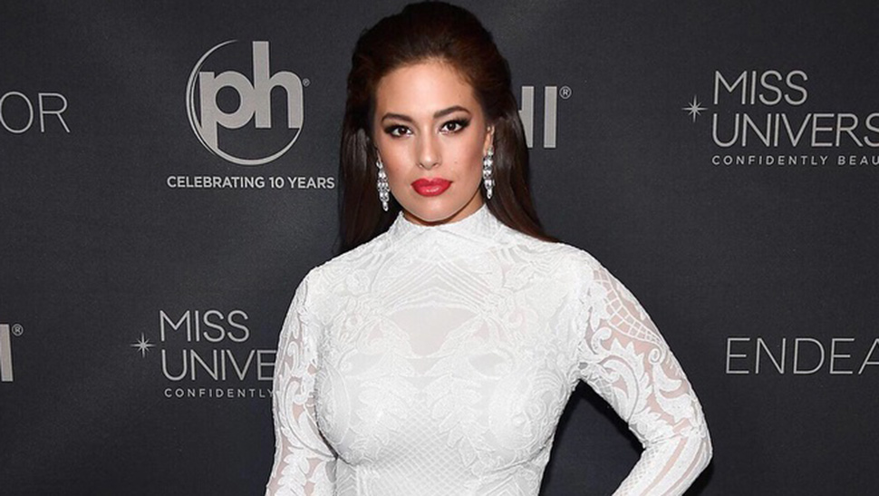 All the Outfits Ashley Graham Wore for Miss Universe 2017