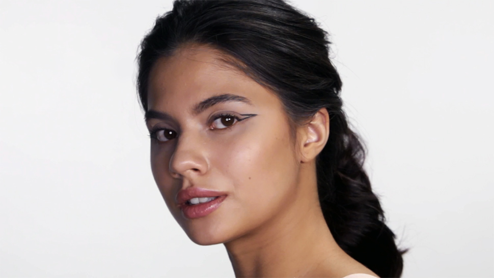 3 Winged Eyeliner Looks Every Girl Should Master