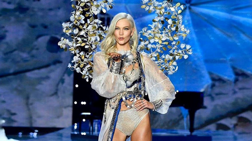 The Amazing Way Karlie Kloss Prepped Her Skin For The Vs Fashion Show