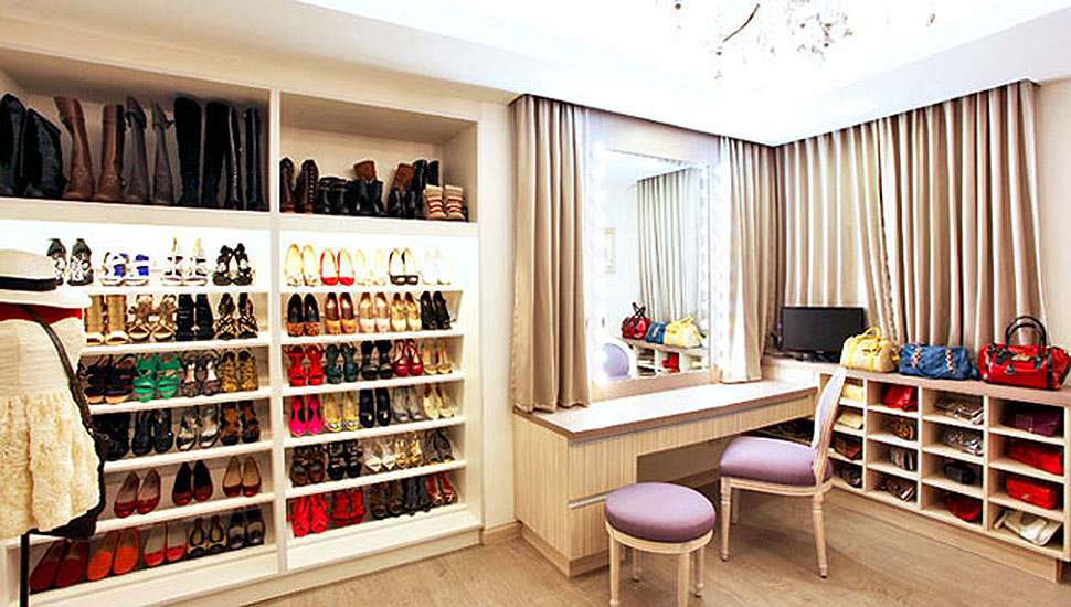 7 Cool Shoe Closet Ideas We Can Get from Celebrities