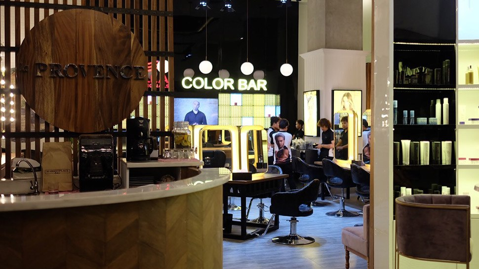 This Salon Serves You Food and Coffee While You Color Your Hair