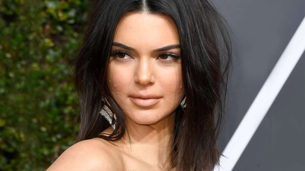 The Acne Lesson We Learned From Kendall Jenner At The Golden Globes