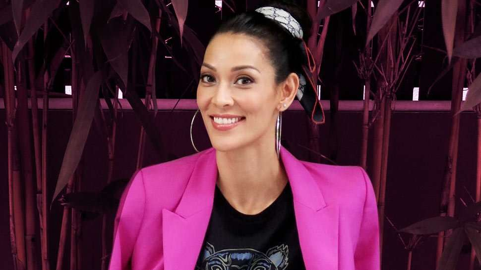 Joey Mead King's Go-To Lip Color Looks Amazing on Her Tanned Skin