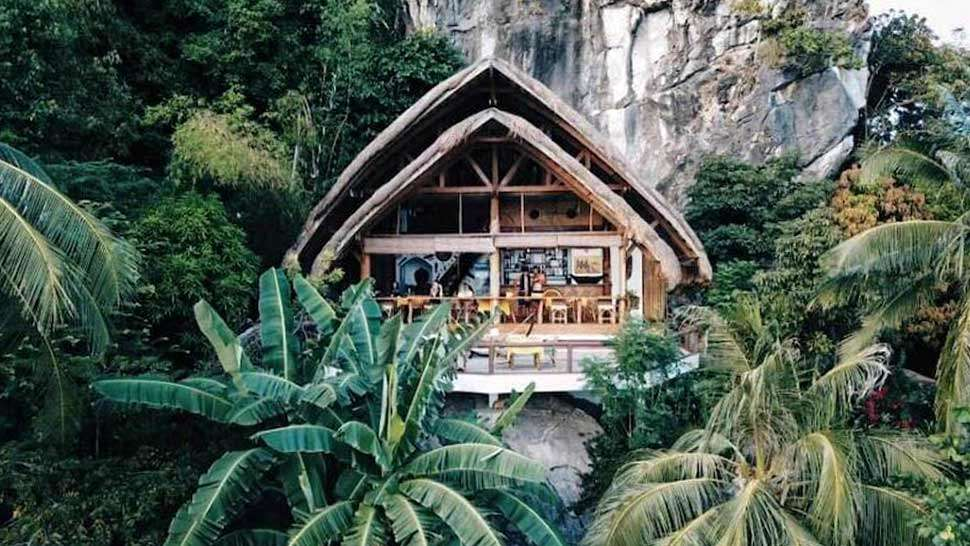 10 Stunning Airbnbs To Book For A Romantic Vacation