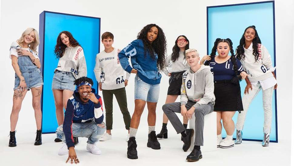 Gap Collaborates with Singer SZA to Celebrate the Brand's Iconic Logo