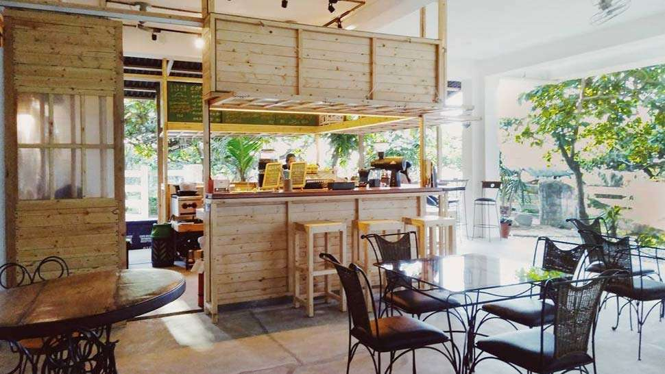 This Ig-worthy Coffee Shop In La Union Wants To Help Save The Ocean