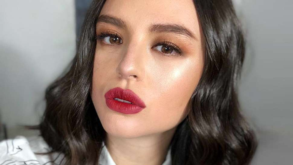 How to Naturally Enhance Your Lip Shape Without Surgery