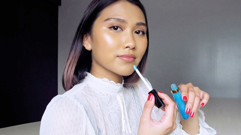 This Blue Lipgloss Will Change Your Lipstick Game