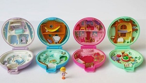 Polly Pocket Is Relaunching And Suddenly We're Little Girls Again