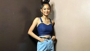 Lotd: Ylona Garcia Has An Easy Hack To Revamp Your Wide Leg Jeans