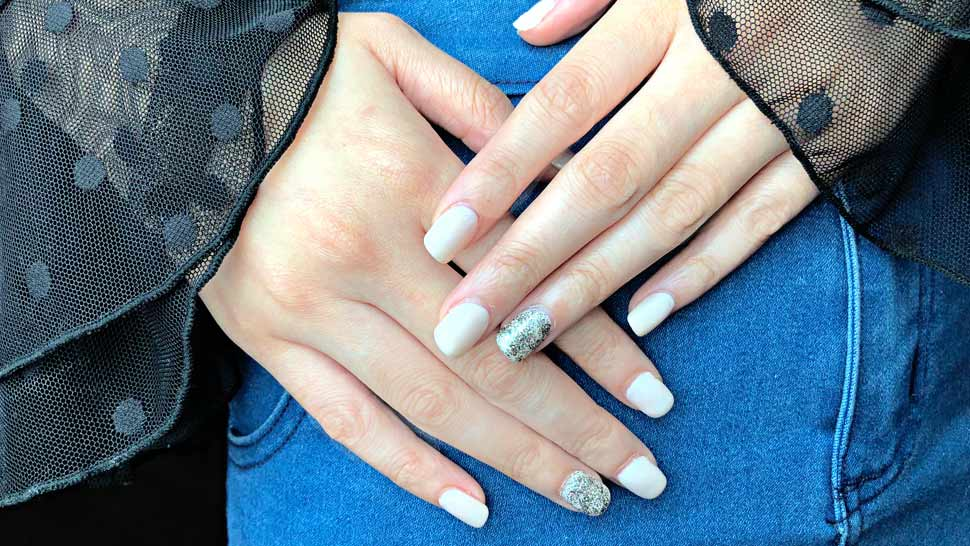 Review: These Nail Extensions Rescued Me From My Brittle Nail Dilemma