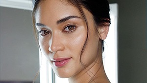 What Is Glycolic Acid And Why Does It Make Your Skin Glow?