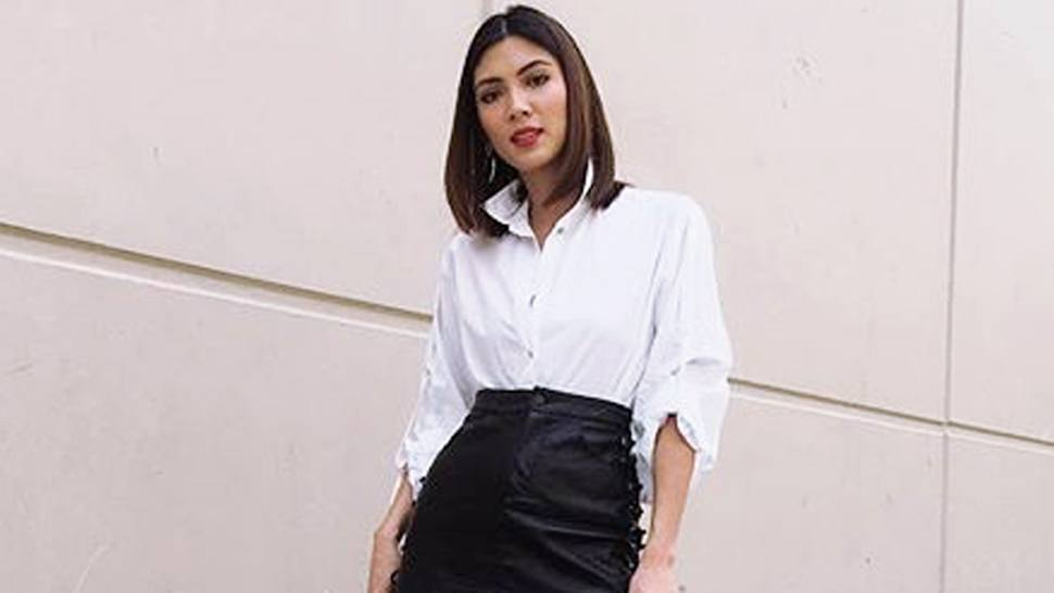 Lotd: How To Wear Your White Button-down Outside The Office