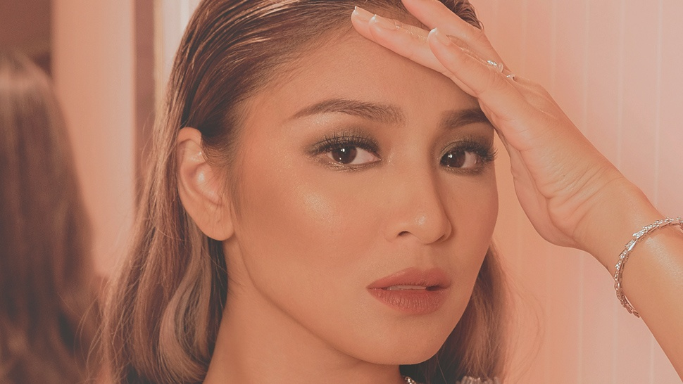 Here's How Nadine Lustre Likes To Apply Her Highlighter