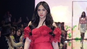 Janella Salvador Walks For A Local Designer At Manila Fashion Festival