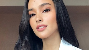 Lotd: Liza Soberano's Latest Selfie Will Convince You To Wear Red Lipstick