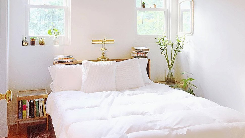These Photos Will Convince You to Have an All-White Bedroom