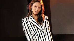 Lotd: These Celebs Are Proof That Striped Suits Are A Closet Must-have