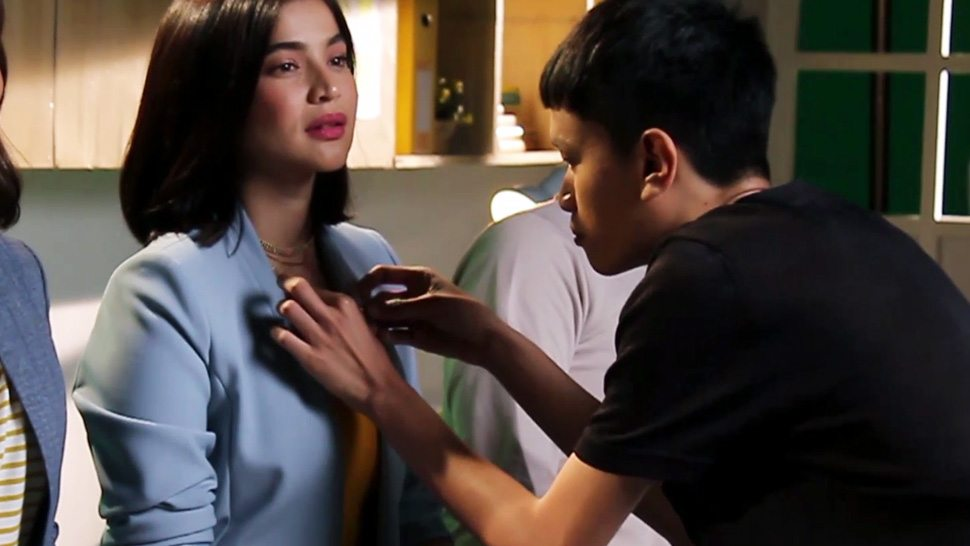 Take a Sneak Peek into the Lives of These Celebrity Stylists