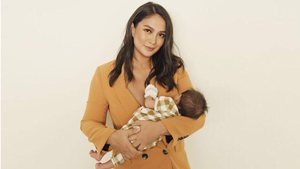 Isabelle Daza Reveals What It's Like To Go From It Girl To It Mom