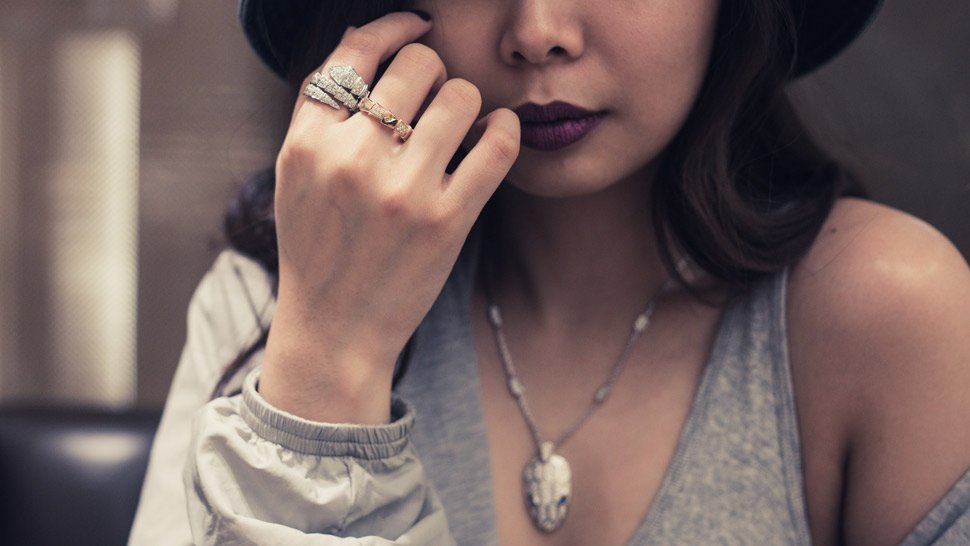 10 Ways to Incorporate Jewelry Into Your Everyday Looks
