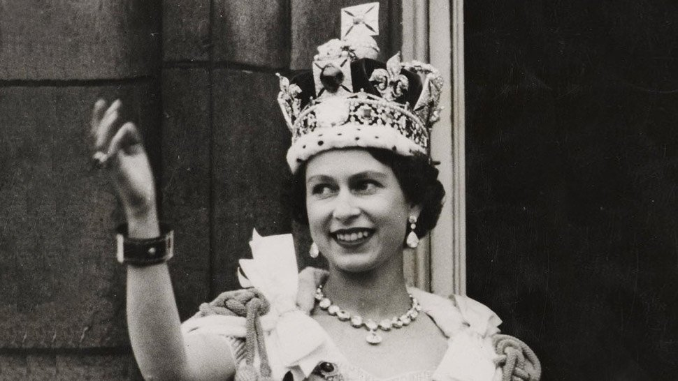 All The Crowns And Tiaras Queen Elizabeth Ii Has Worn Over The Years