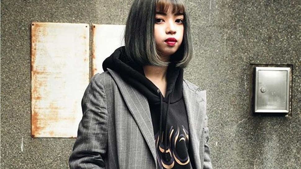 6 Cool Ways to Style Your Trusty Black Hoodie This Rainy Season