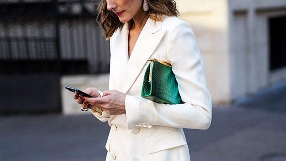 10 Instagram-approved Ways To Pose With Your Bag