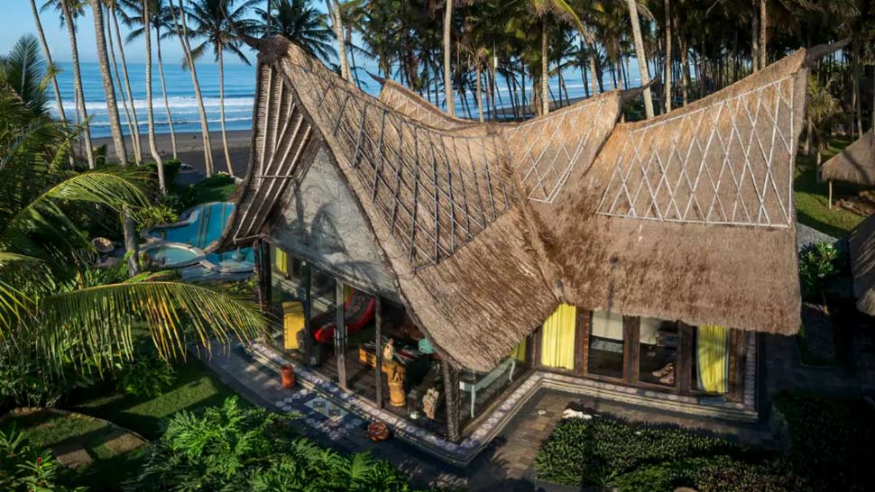 5 Majestic Airbnbs in Bali That Will Convince You to Book a Flight Now