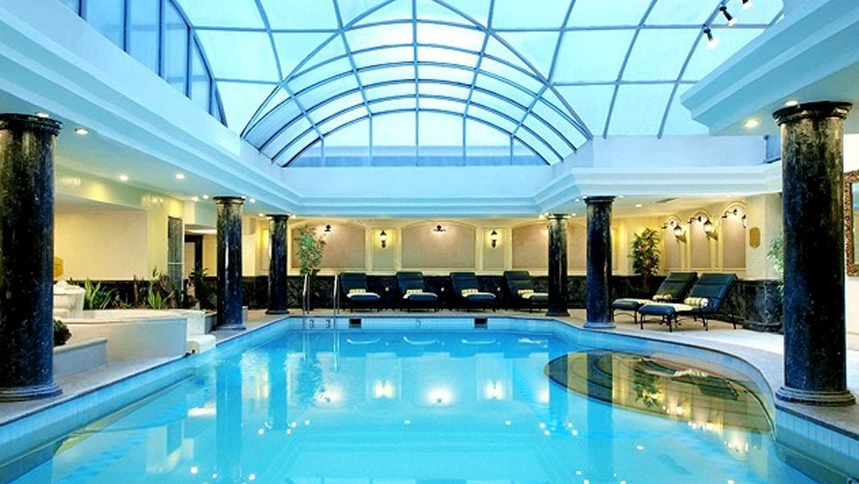 10 Relaxing Indoor Pools in Metro Manila