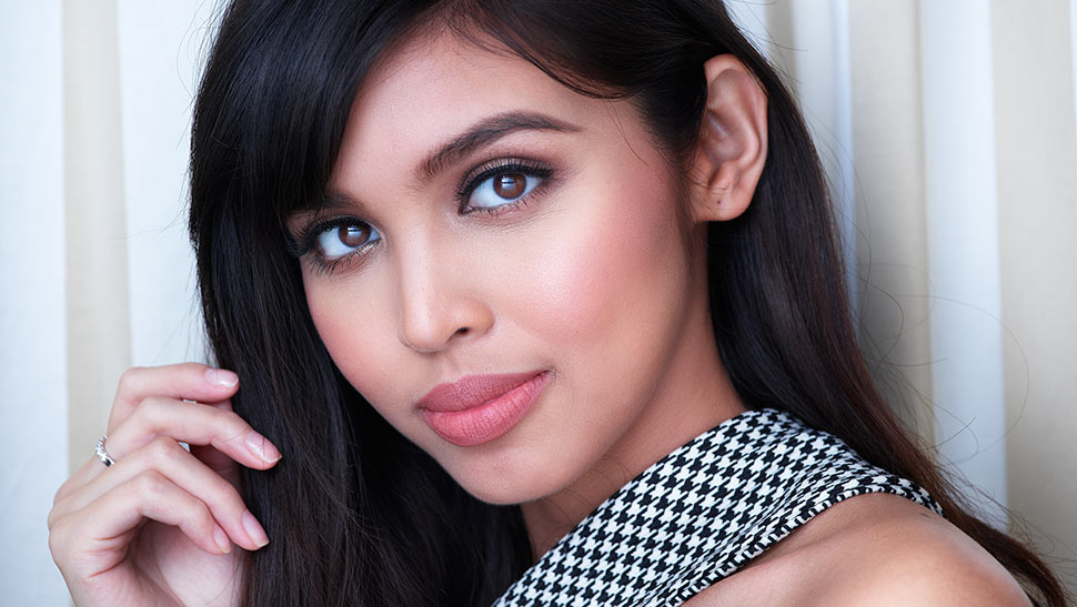 Here are All the Details of Maine Mendoza's Custom MAC Lipstick