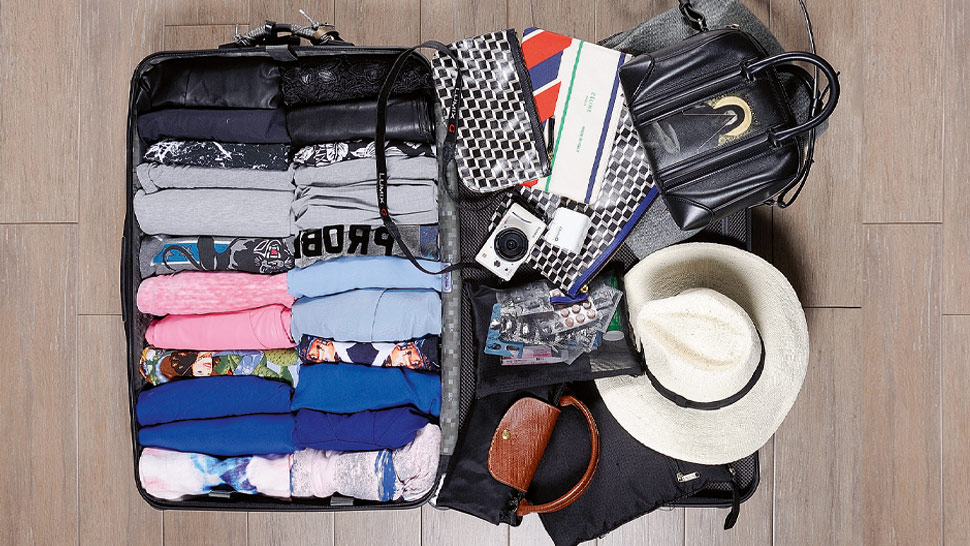25 Expert Packing Tips According to Fashion Editors