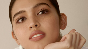 How To Do A Natural Makeup Look With Maine Mendoza's Lipstick