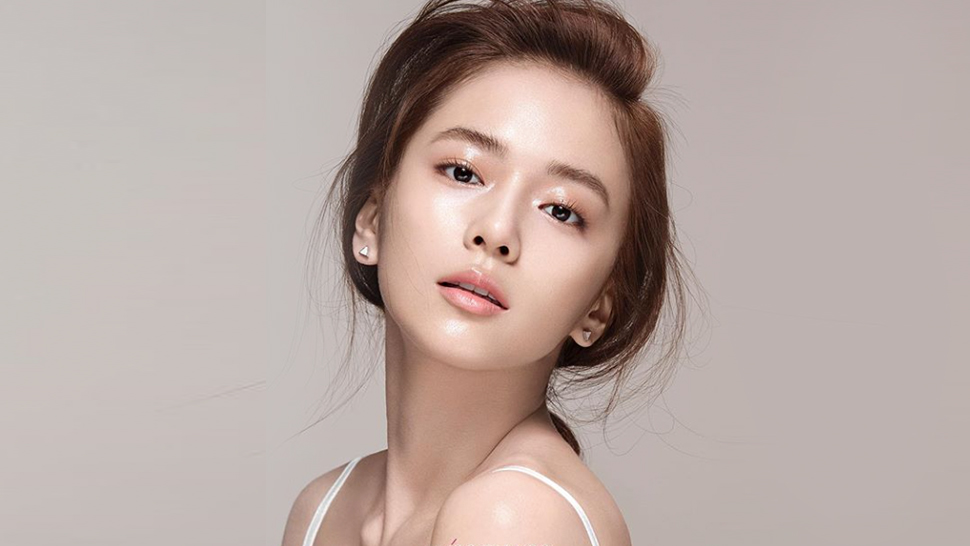 How To Achieve A Korean-inspired Natural Makeup Look
