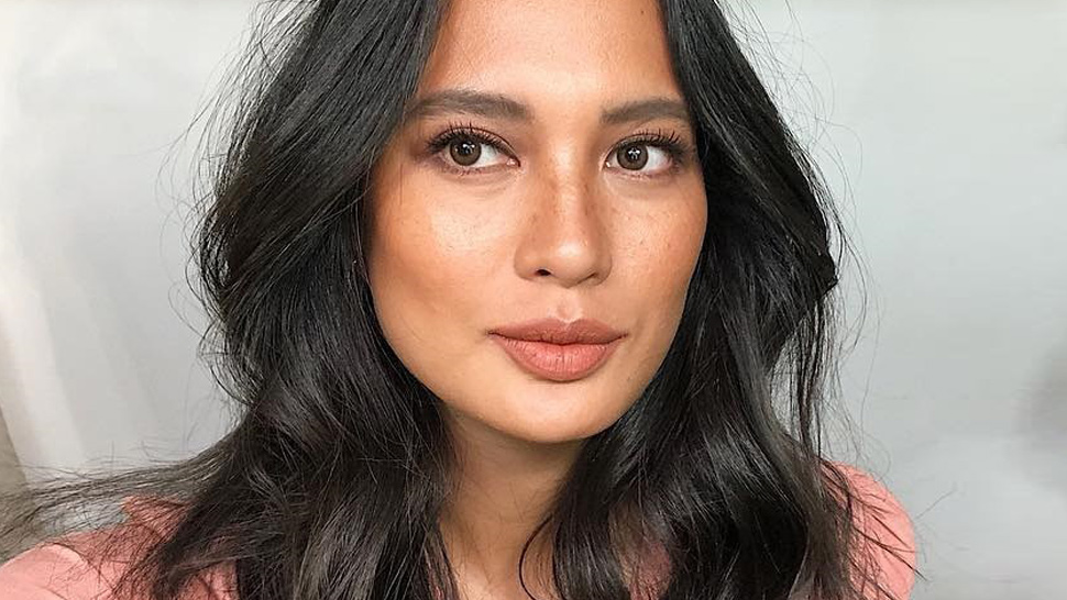 How to Create a Flawless Makeup Look Without Foundation