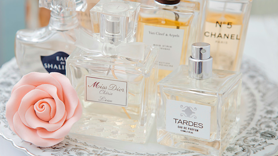 The Basic Kinds of Scents and How to Tell Them Apart