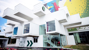 This Cool Starbucks In Taiwan Is Made Entirely Out Of Container Vans
