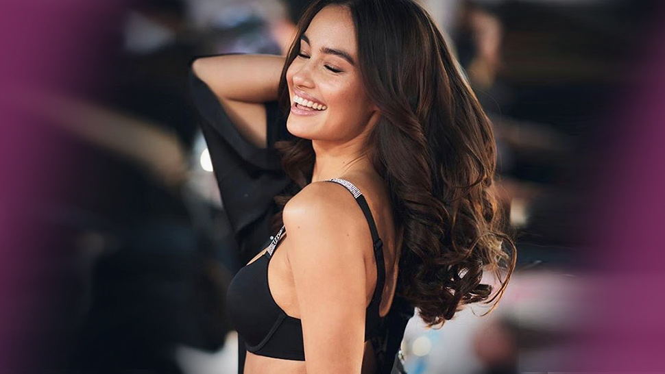Kelsey Merritt Takes Us Backstage At The Victoria's Secret Fashion Show